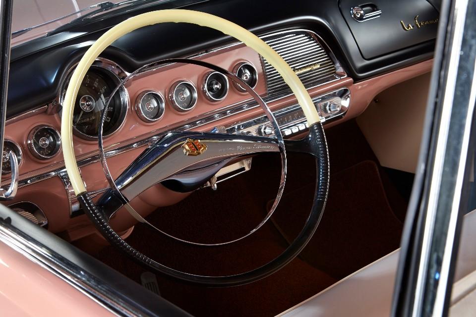 1955 Dodge la Femme 3