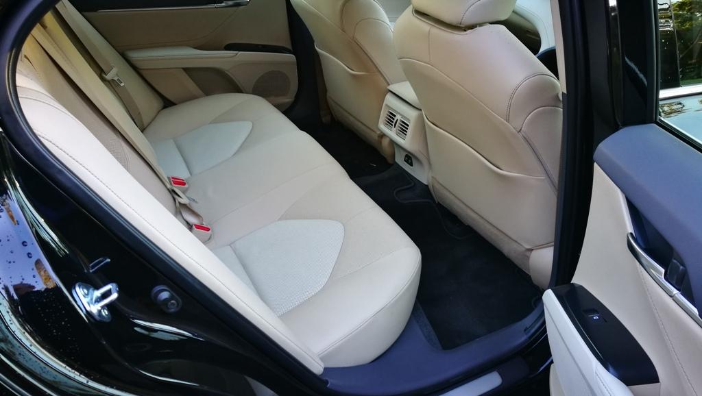 Chris Camry SL rear seats