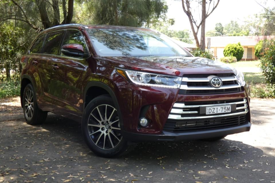 Toyota Kluger 9