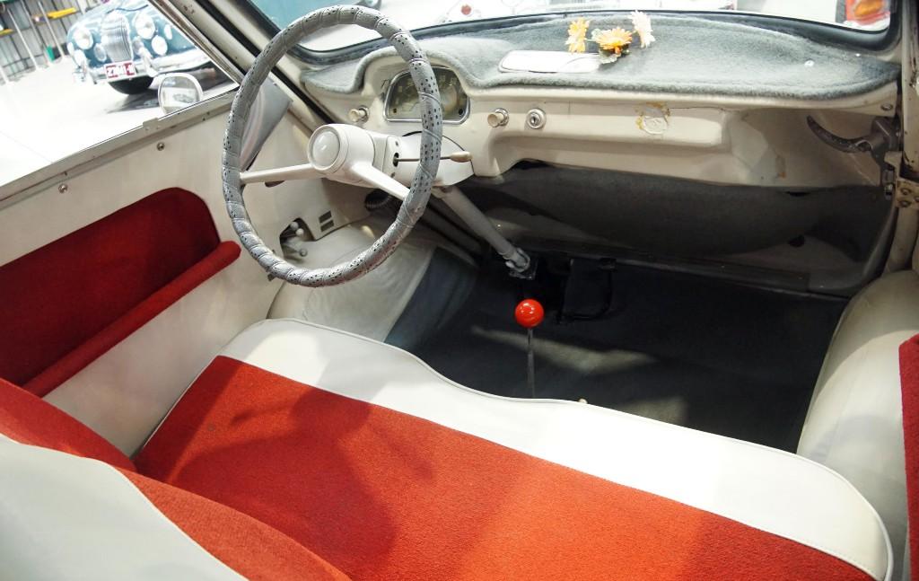 1958 bmw 600 micro car 04
