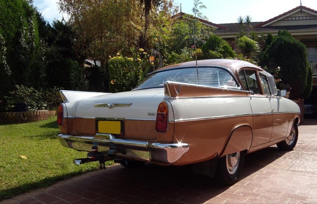 1962 PA Vauxhall Cresta 1