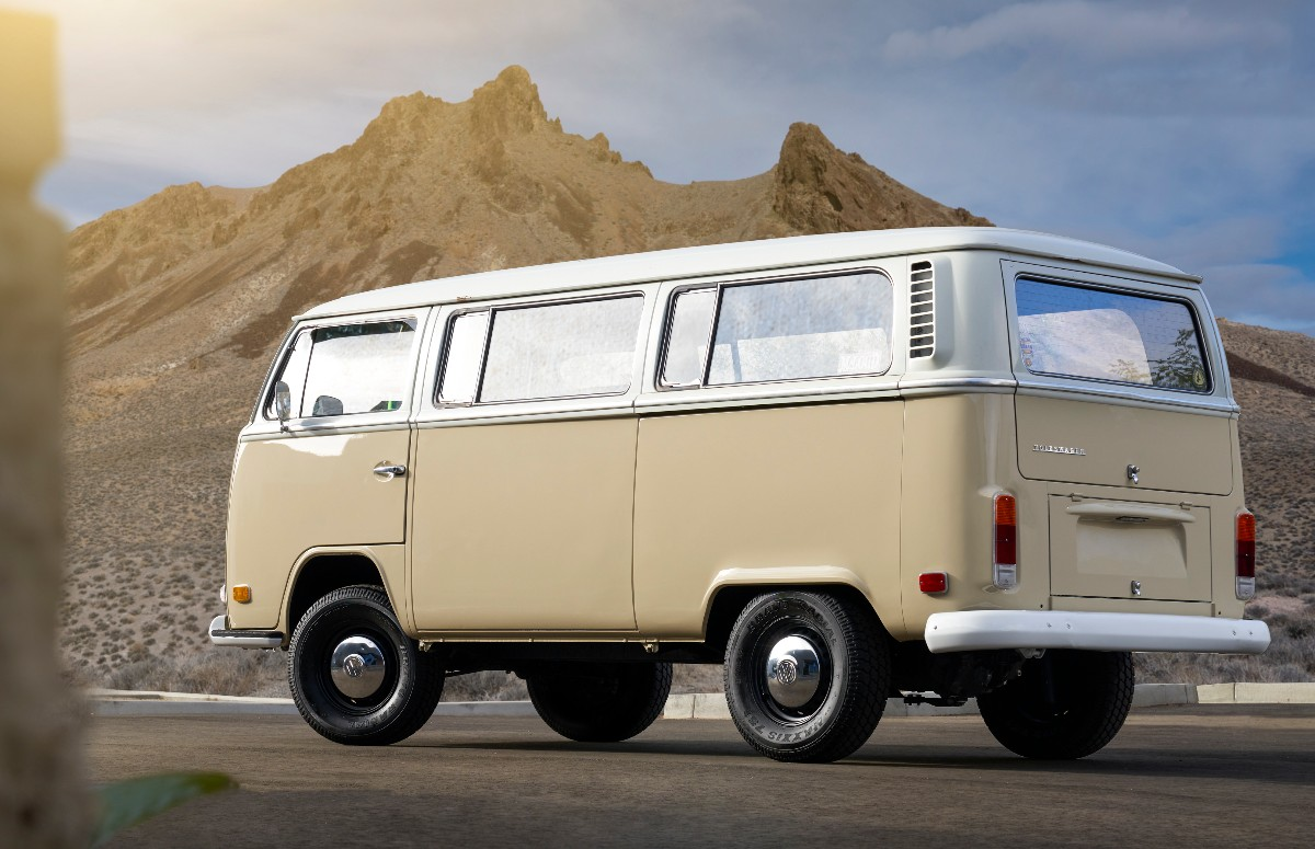 volkswagen bus electric conversion 02