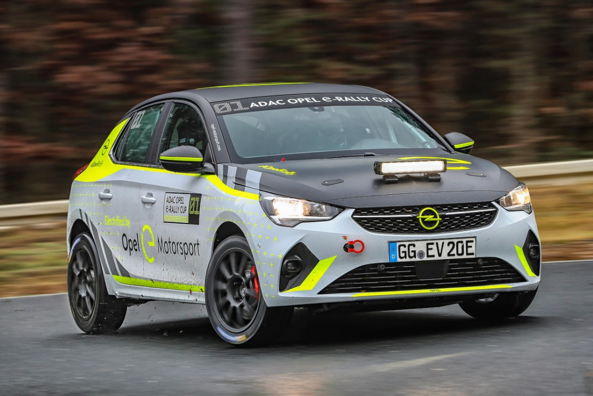 Opel electric rally car 01