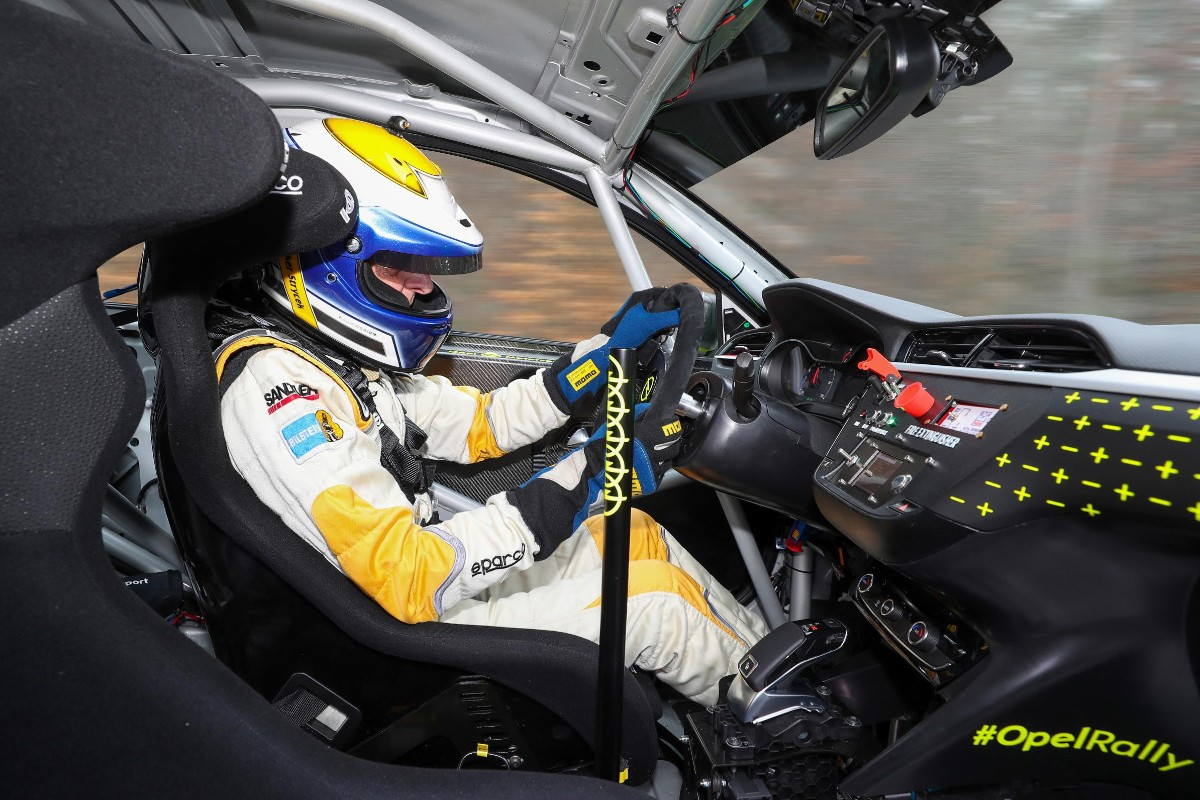 Opel electric rally car 02