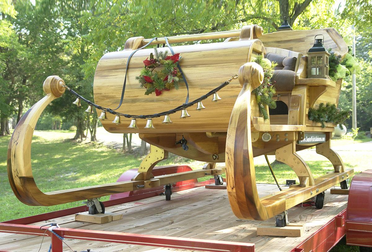 santa sleigh gregg turk 03