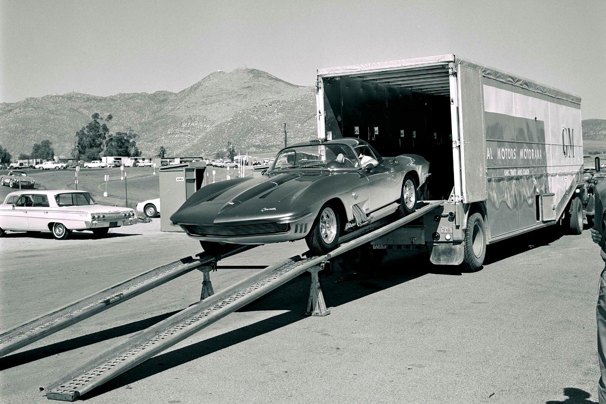1961 Corvette Mako Shark 1