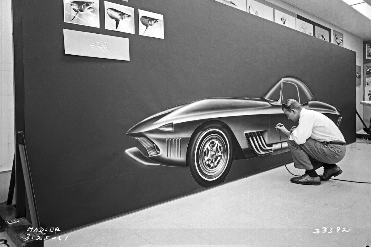Tony Lapine draws Mako Shark