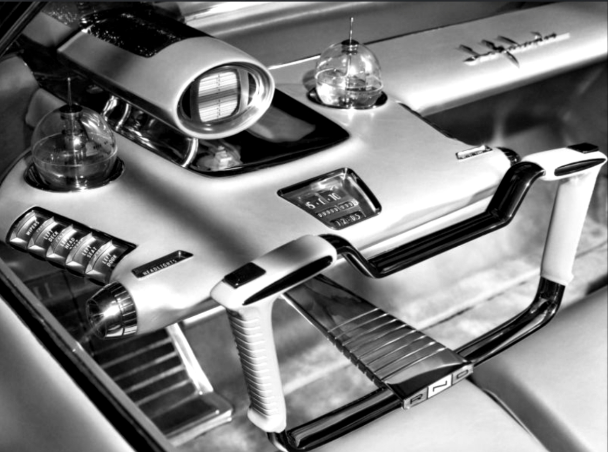 1958 Ford La Galaxie dream car featured a hand grip steering device
