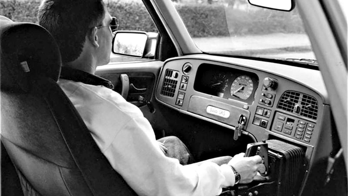 1992 Saab Prometheus with centre located joystick