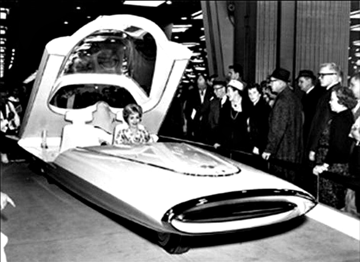 1961 Ford Gyron Show Car 5