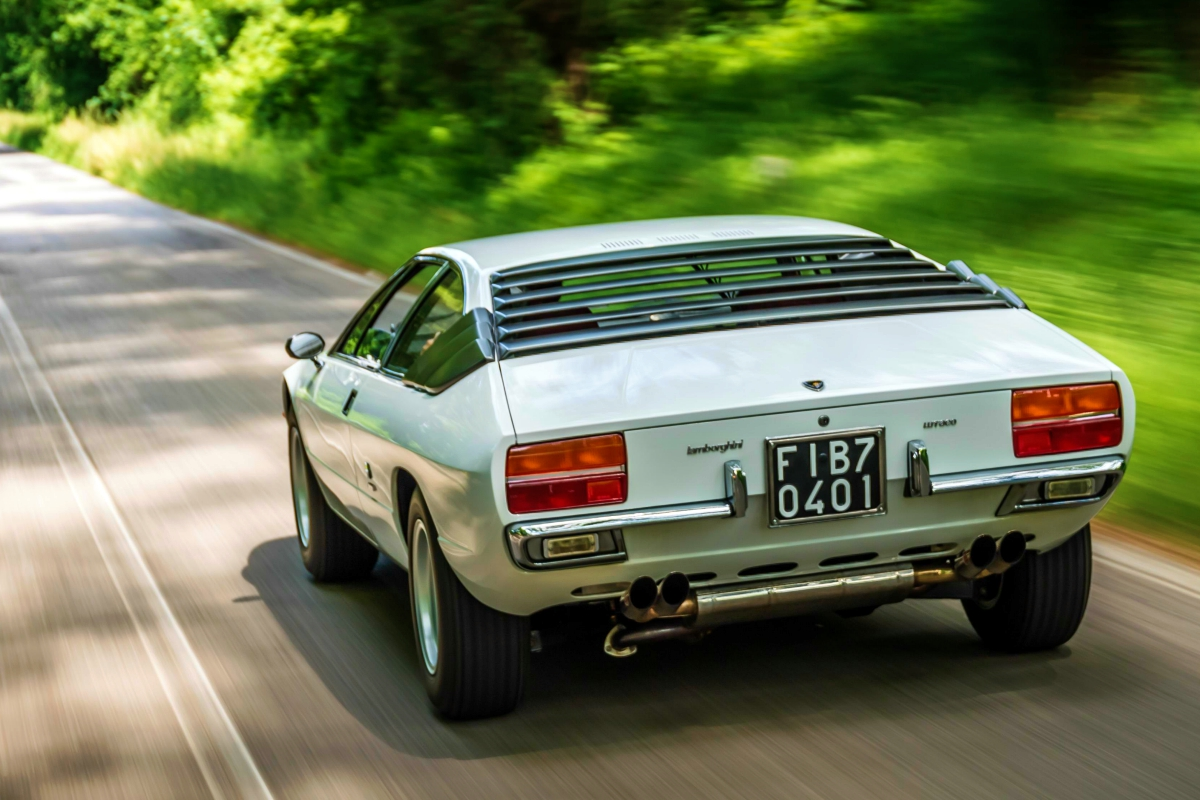 1970 Lamborghini Urraco 10