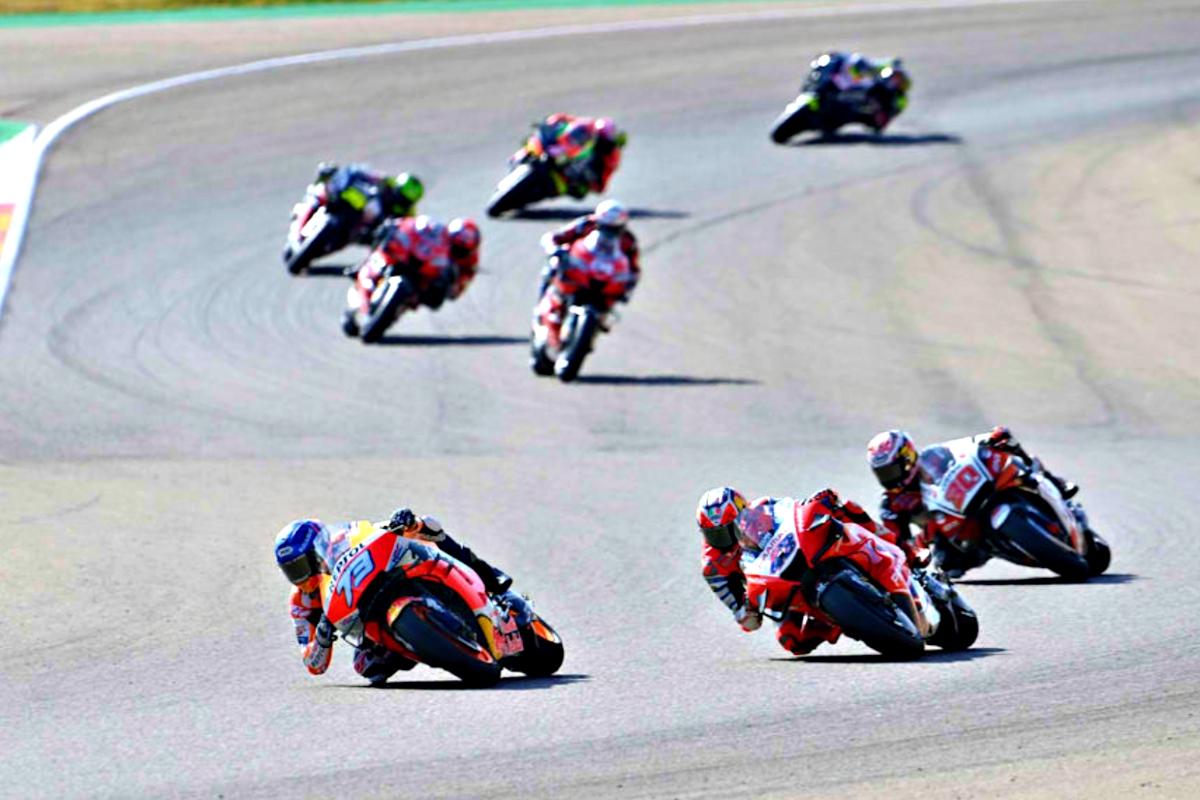2020 Aragon MotoGP Marquez leads Miller