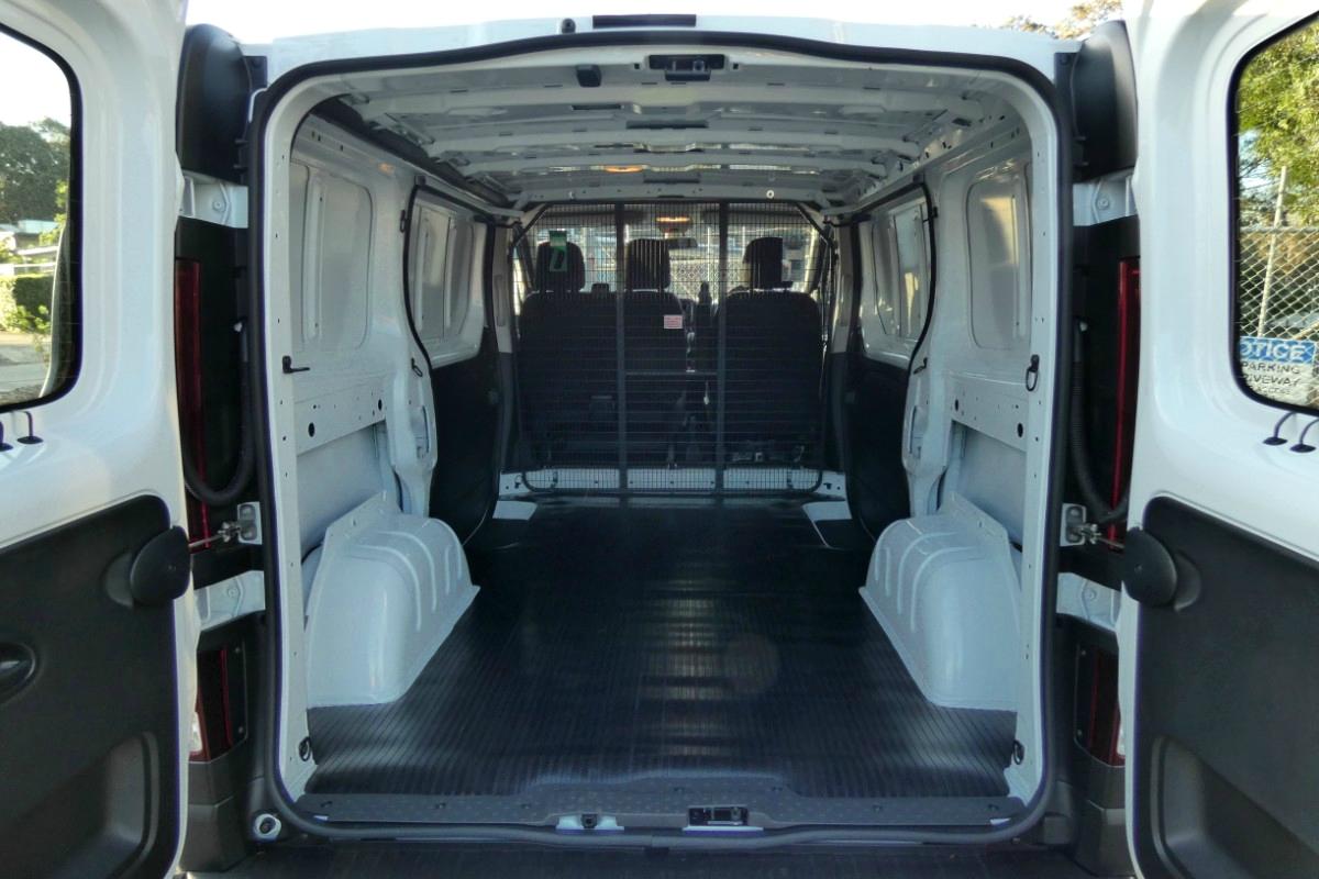 2020 Mitsubishi Express SWB GLX 2.0 auto 7