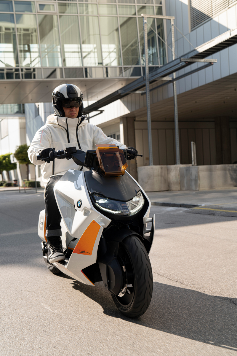 BMW Motorrad Definition CE 04 3