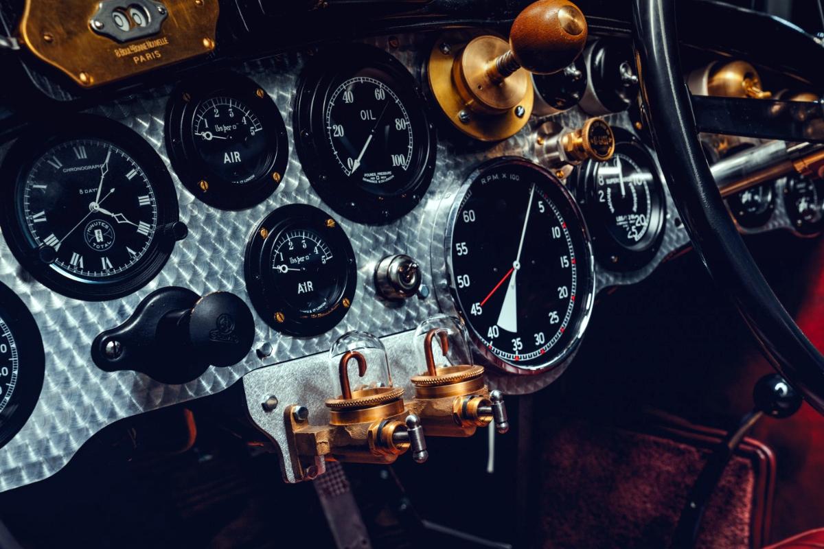 Bentley Blower dash