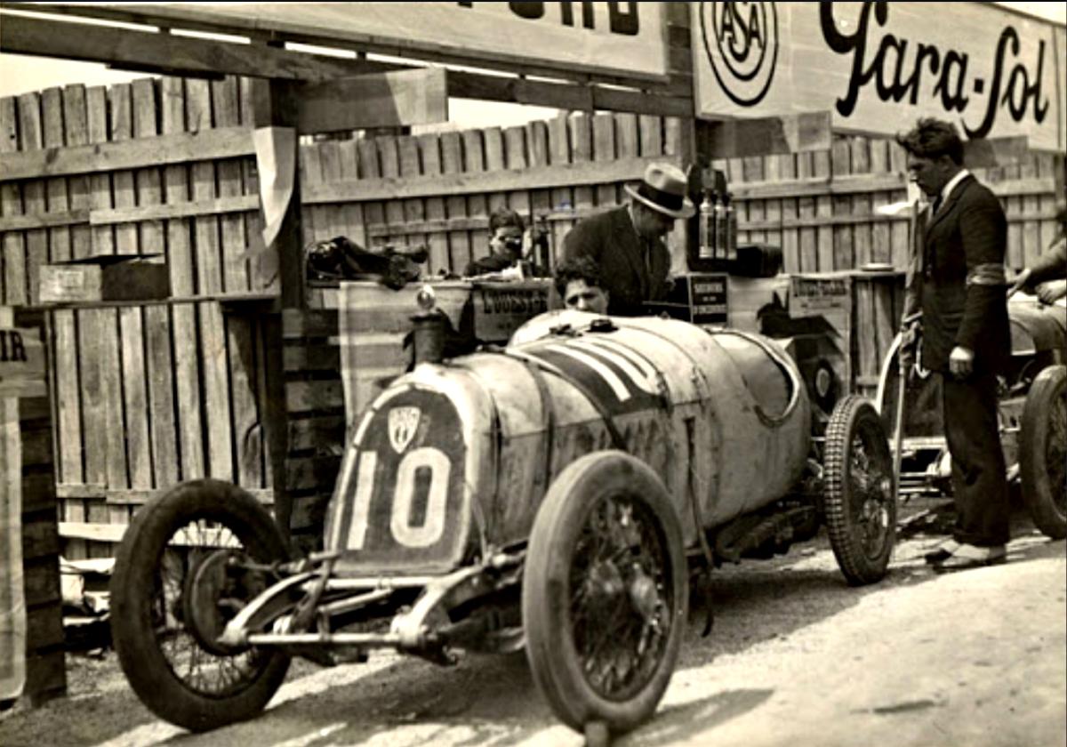Violette the racer