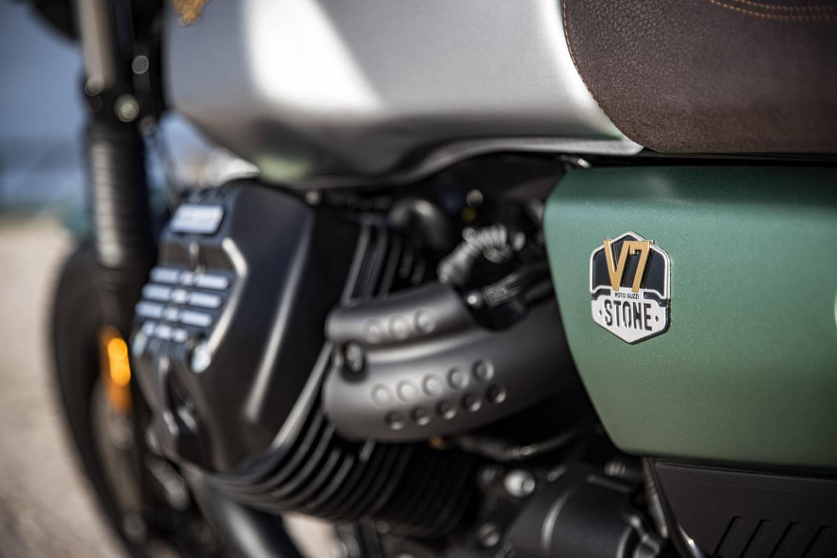 IJXsI586 Moto Guzzi Centenary 13