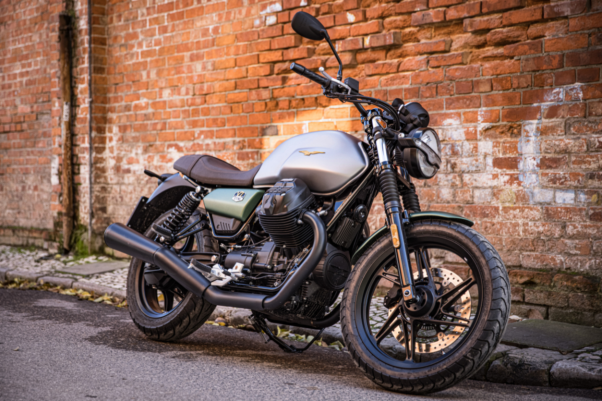 Moto Guzzi Centenary 15