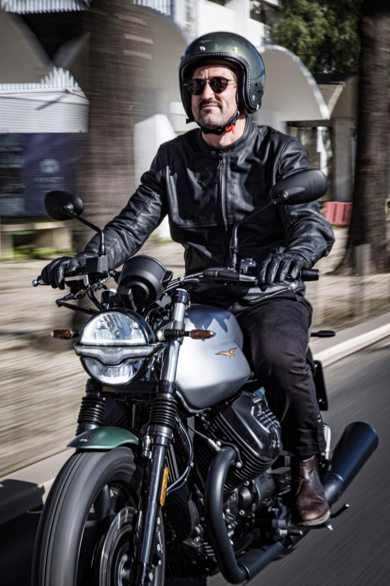 Moto Guzzi Centenary 16