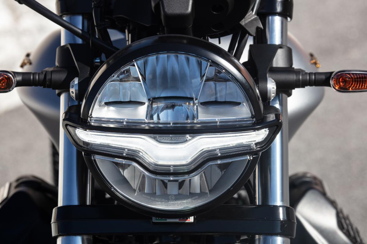 Moto Guzzi Centenary 20