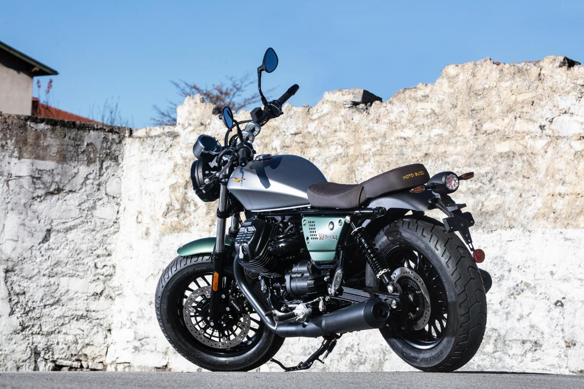 Moto Guzzi Centenary 22