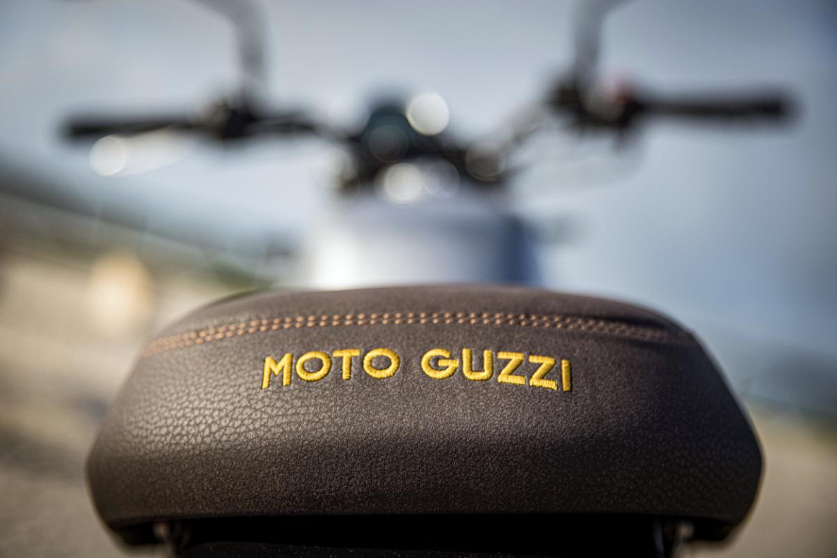 Moto Guzzi Centenary 3
