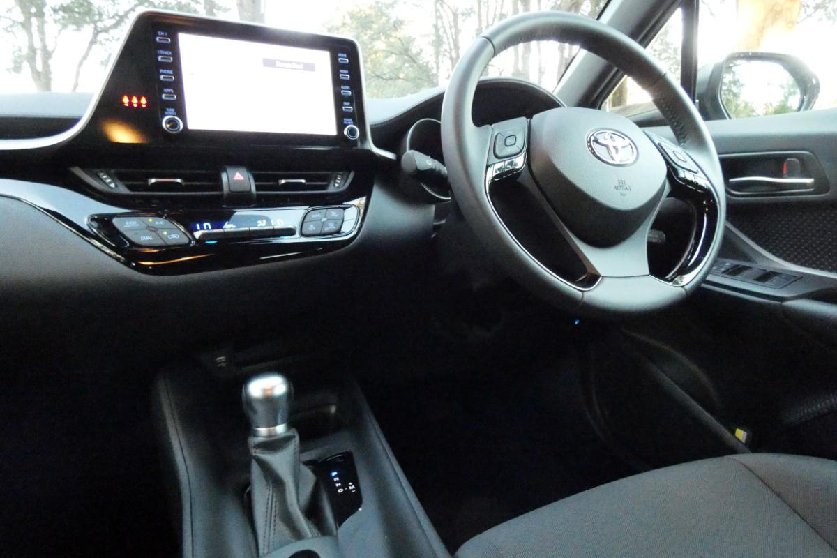 Toyota C HR GXL FWD 9