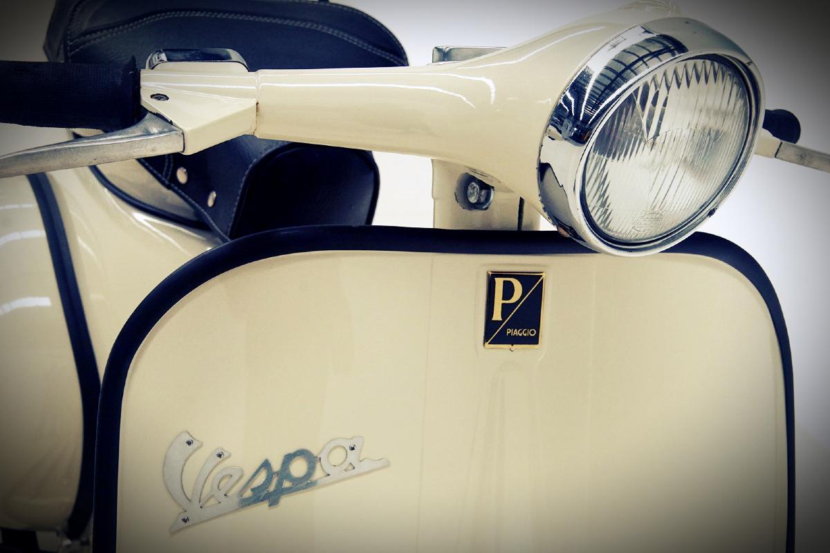 1961 Vespa Piaggio 150 Scooter 1