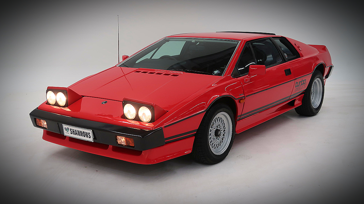 1982 Lotus Esprit Turbo Coupe 8