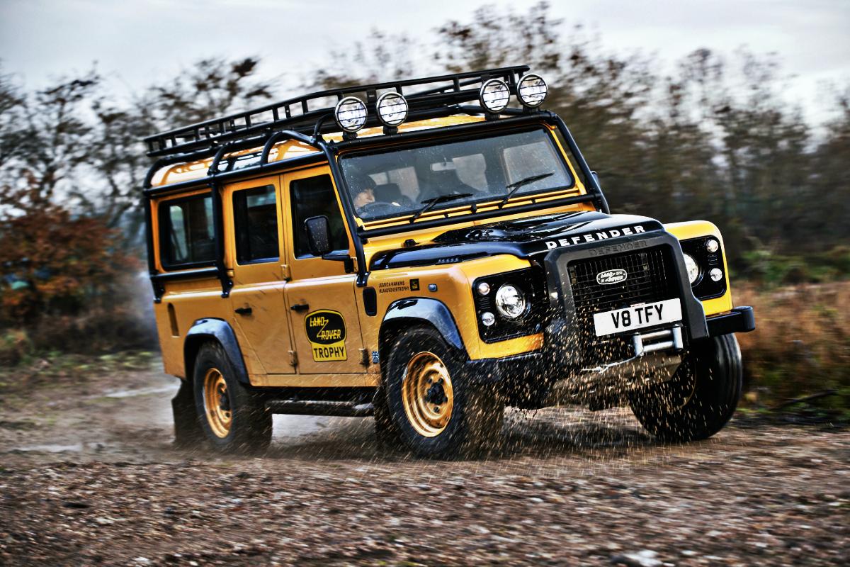 2021 Land Rover Defender Classic Works V8 Trophy 2