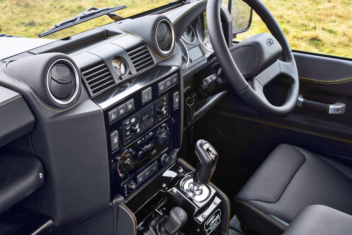 2021 Land Rover Defender Classic Works V8 Trophy 9