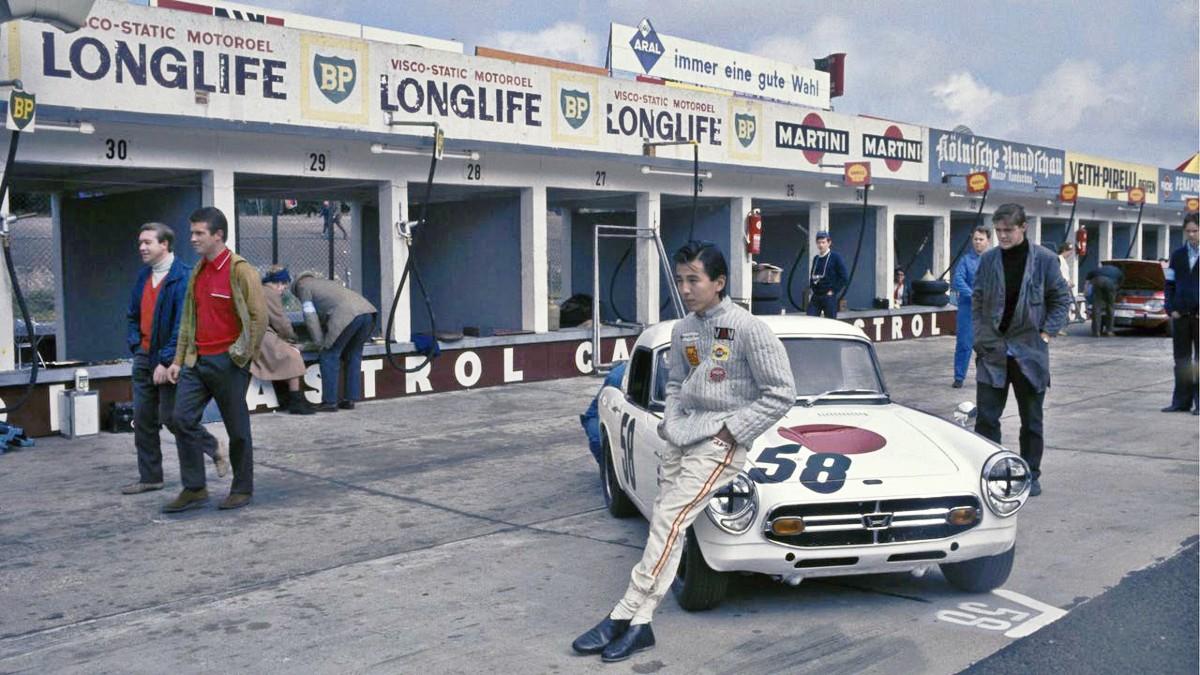1966 Honda S800 sports car 29