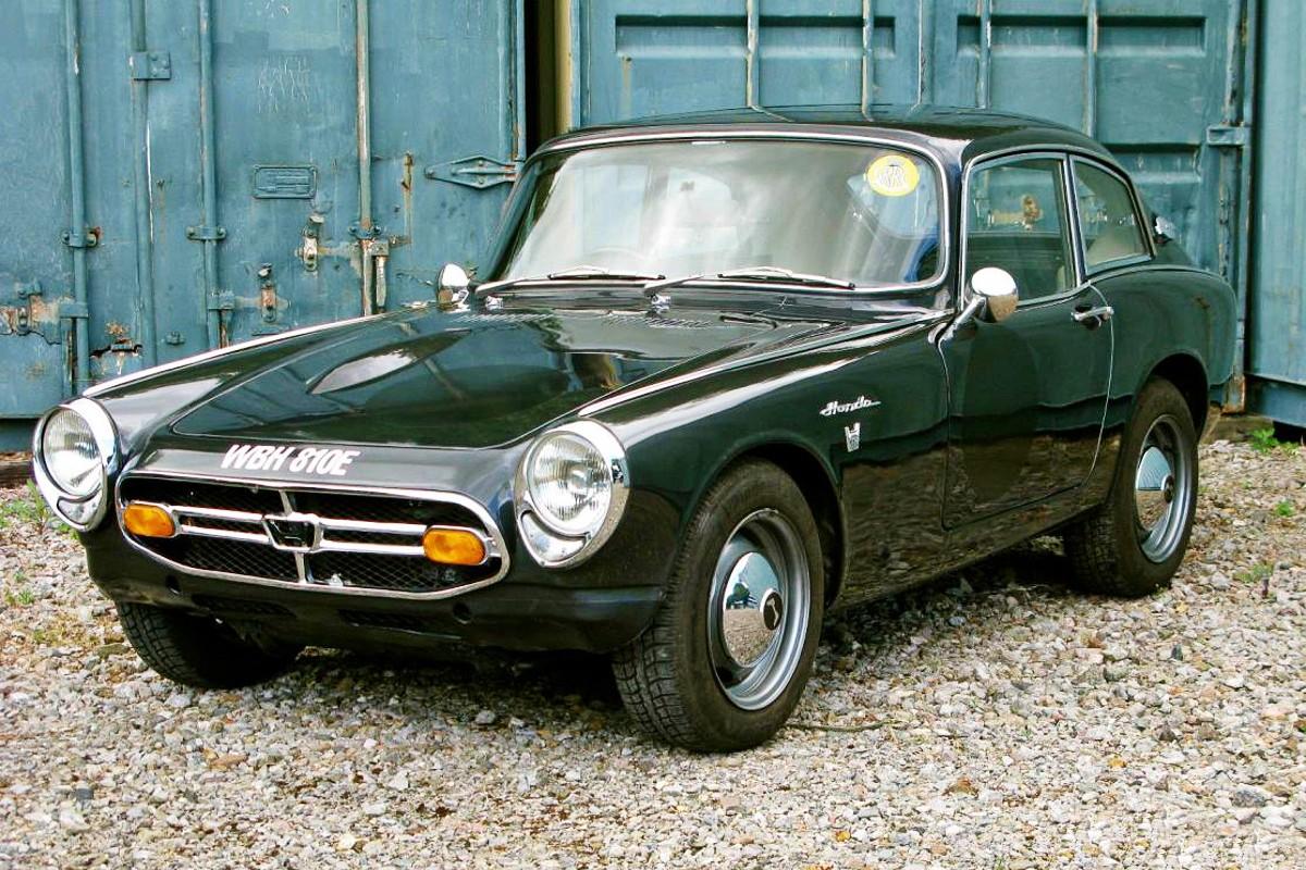 1966 Honda S800 sports car 8