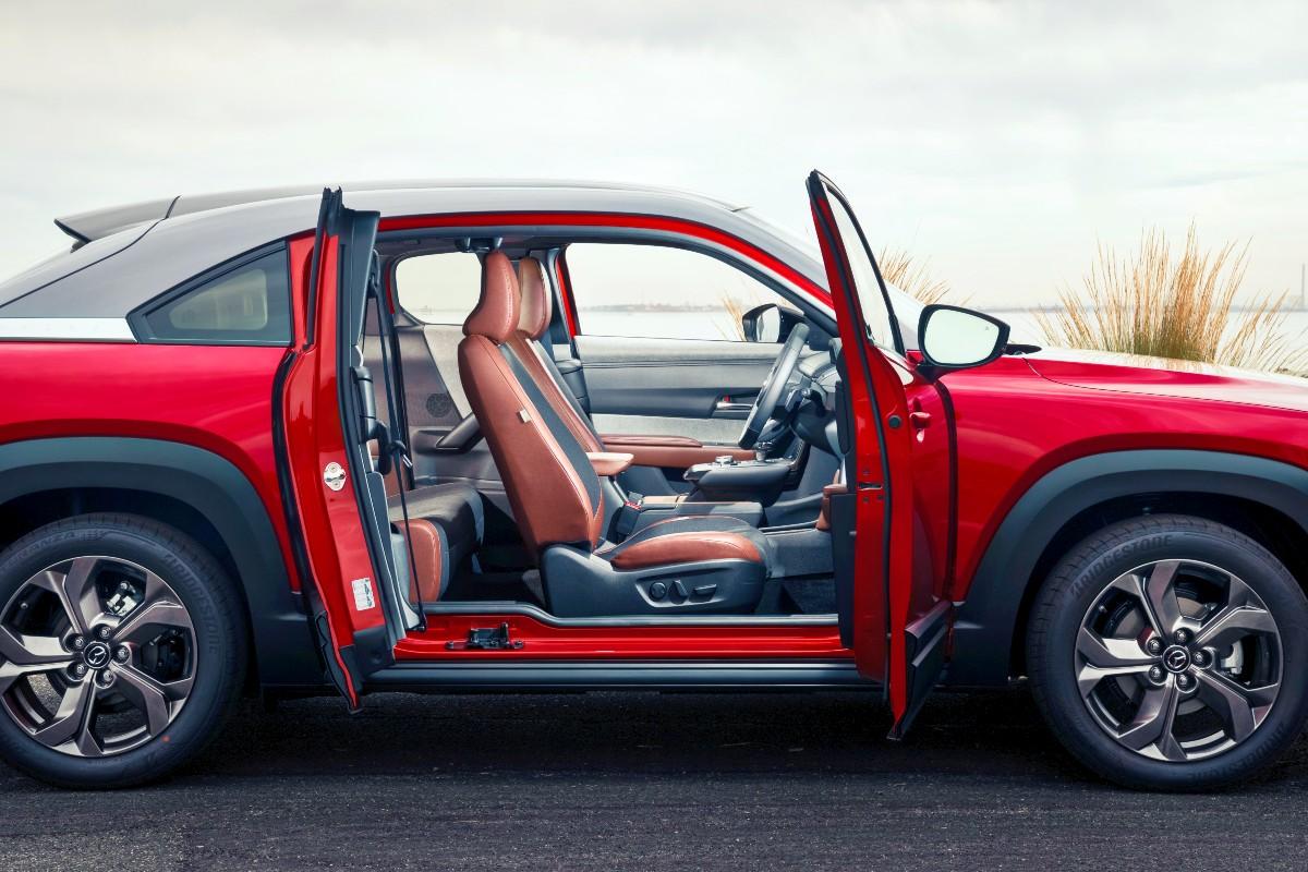 2020 Mazda MX 30 9