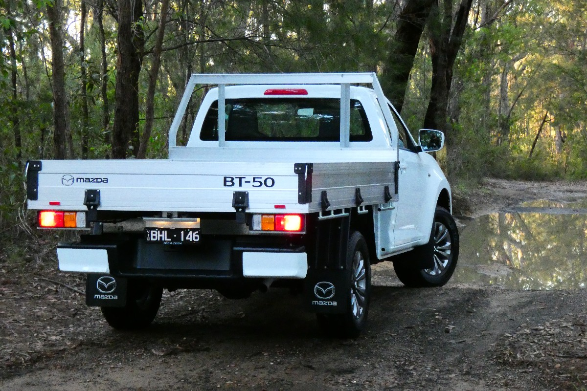 2021 Mazda BT 50 XT cab chassis 11