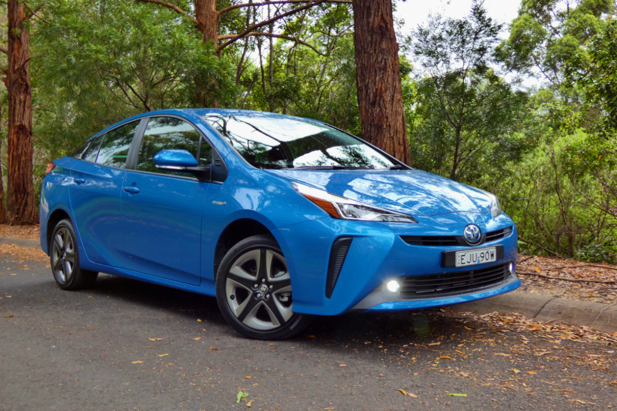 2021 Toyota Prius i Tech 10