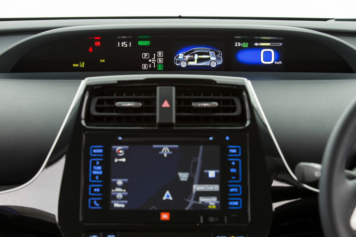 2021 Toyota Prius i Tech 13