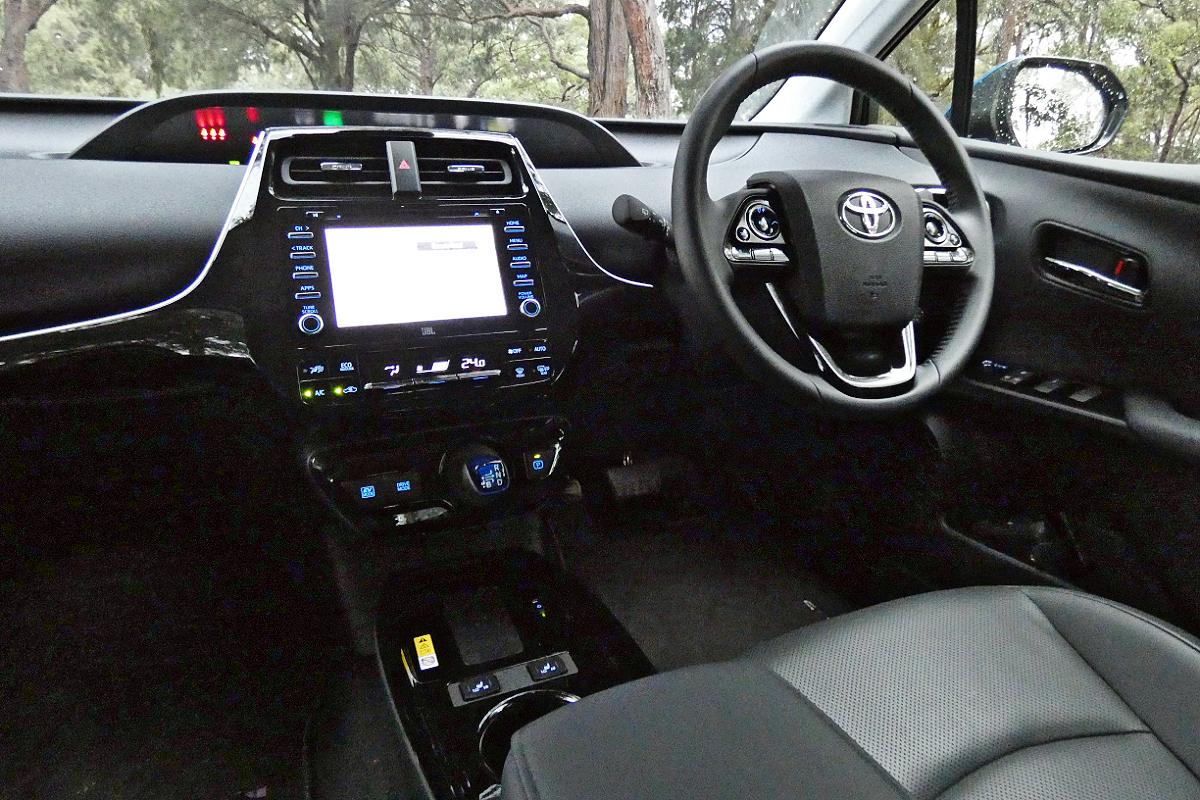 2021 Toyota Prius i Tech 9