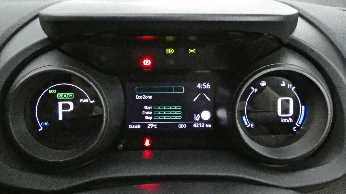 2021 Toyota Yaris Cross Hybrid GXL 2WD 12 1