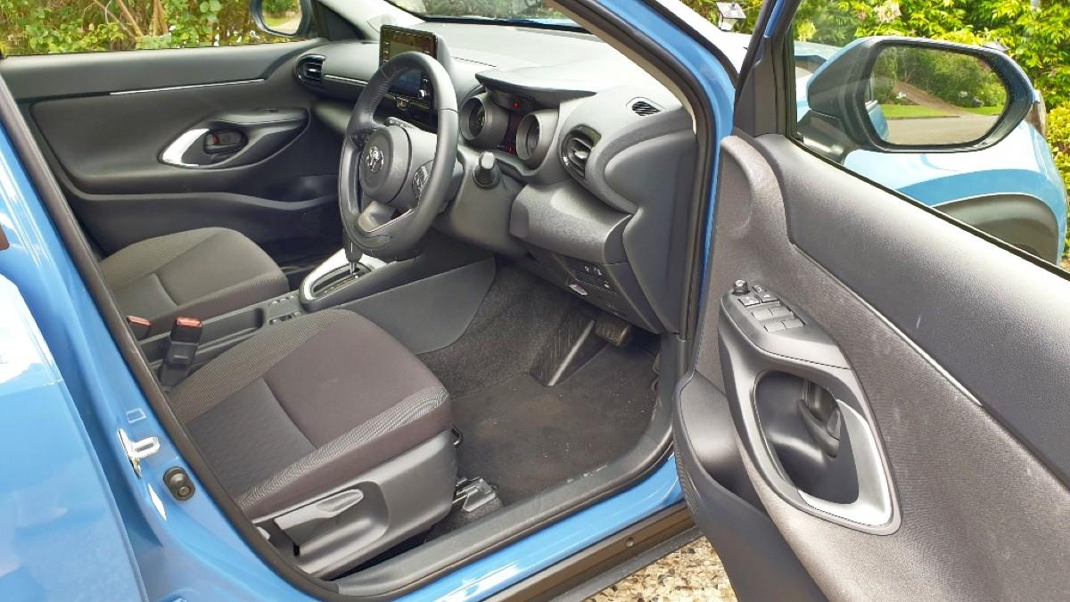 2021 Toyota Yaris Cross Hybrid GXL 2WD 3