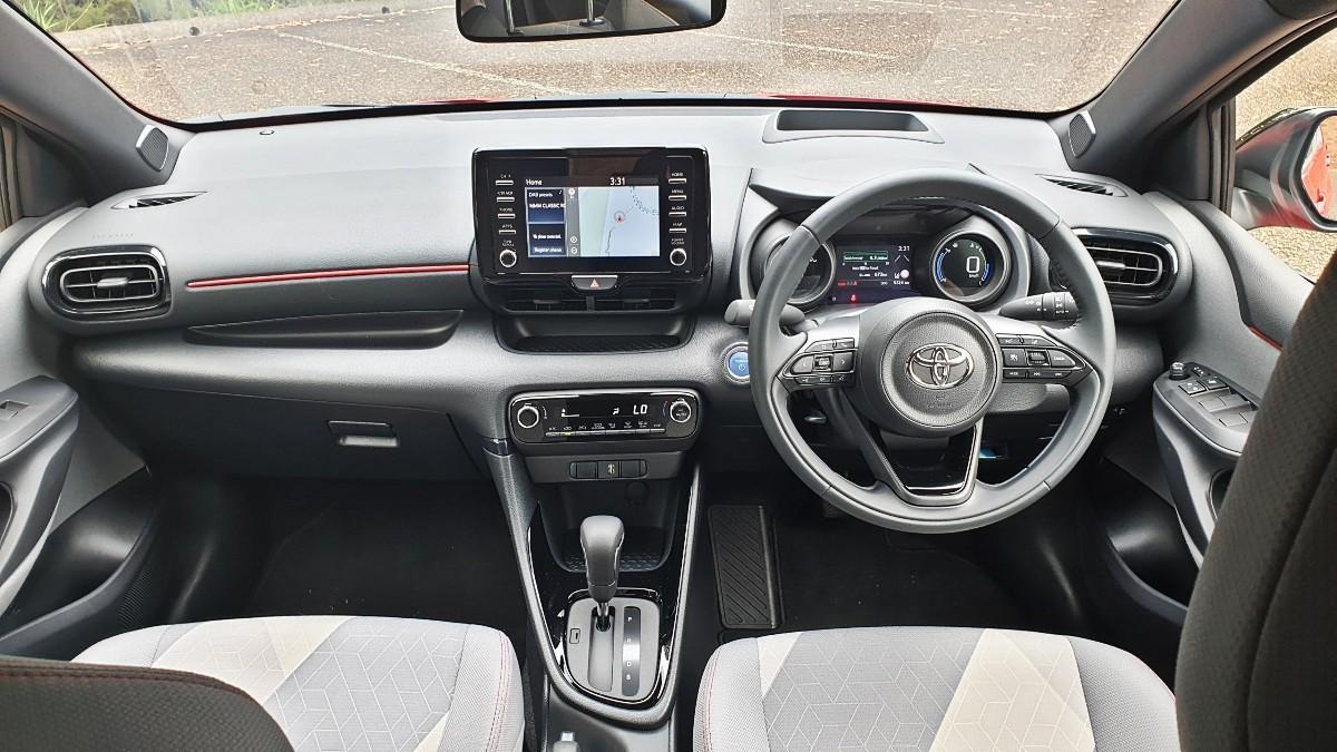 2021 Toyota Yaris Hybrid ZR 5