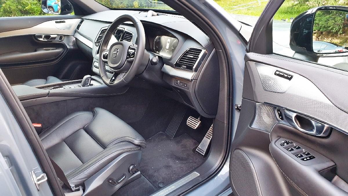 2021 Volvo XC90 Recharge 10