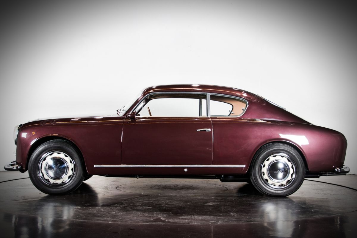 1952 Lancia Aurelia GT 9