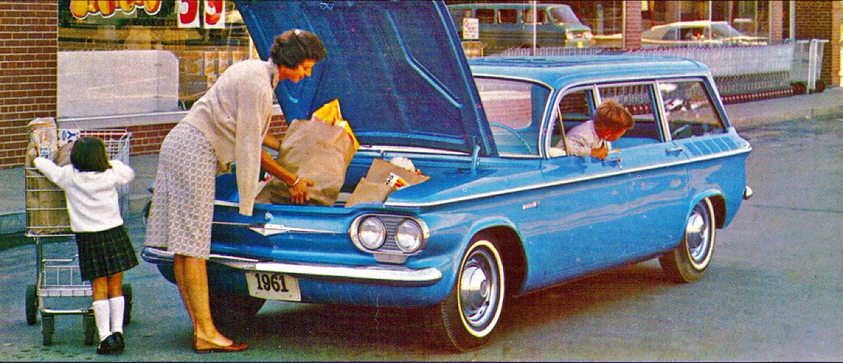 1961 Chevrolet Corvair 500 station wagon