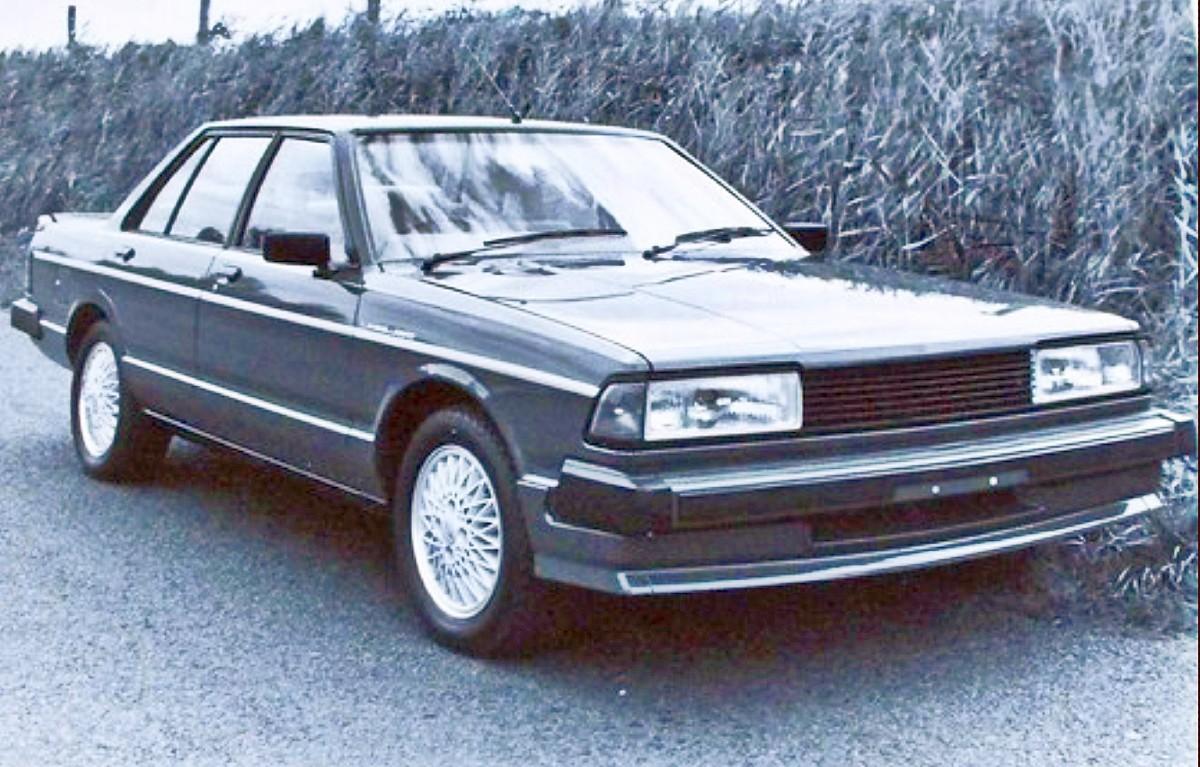 1980s Nissan Bluebird TR X sedan 7