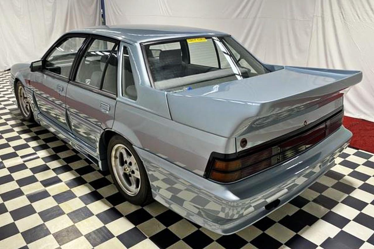 1988 Holden VL Walkinshaw SS Group A 6