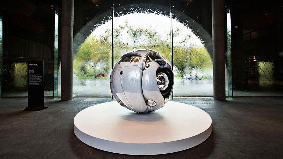VW Beetle sphere 5