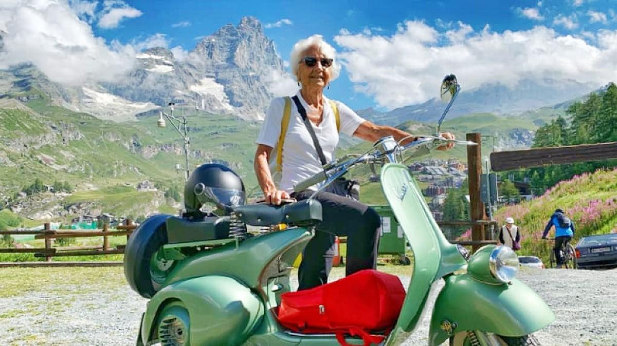 Vespa turns 75 5