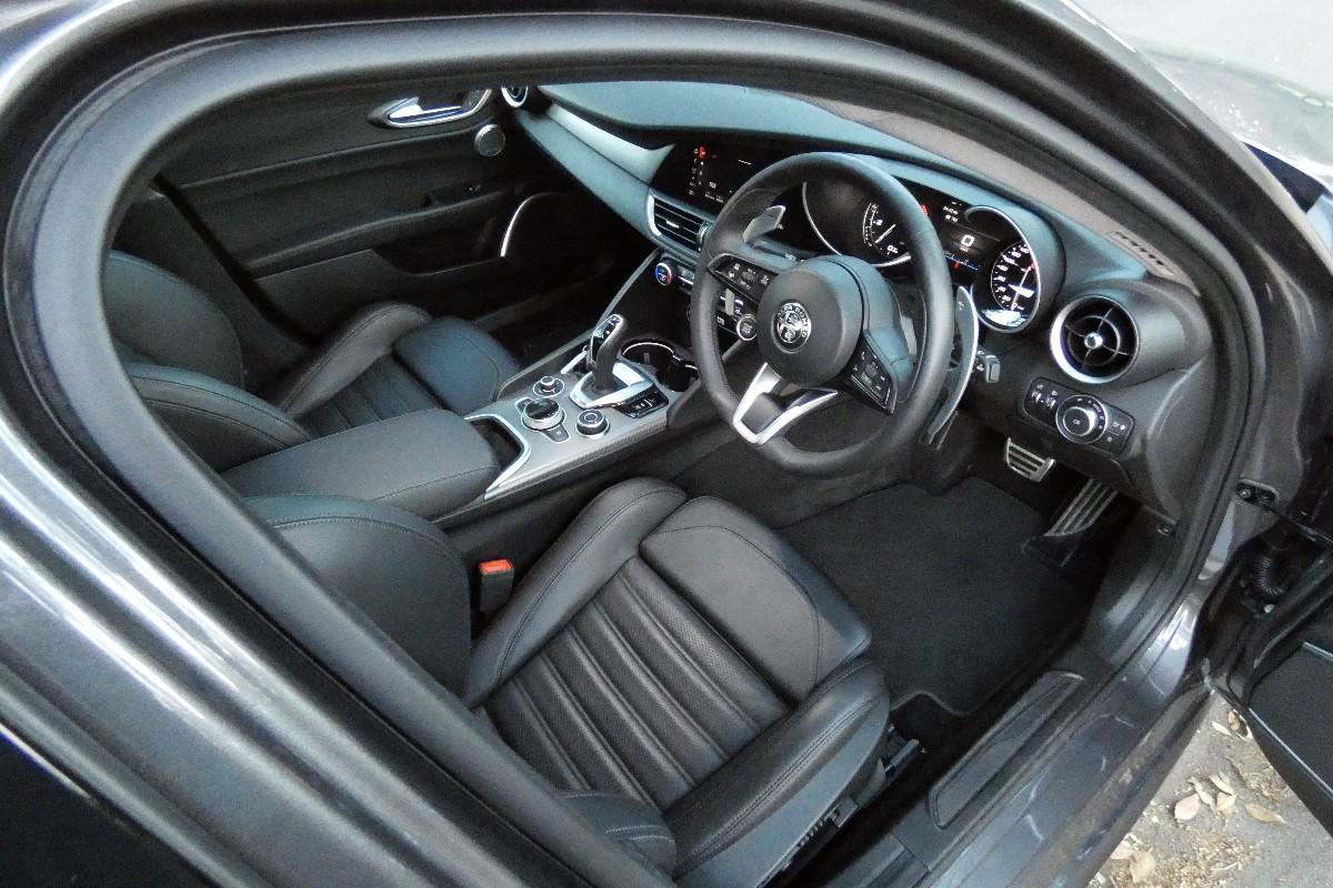 2021 Alfa Romeo Giulia 1