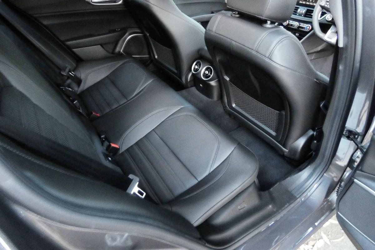 2021 Alfa Romeo Giulia 2